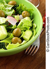 salad with tomato cucumbers