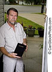 predicador, su, puerta