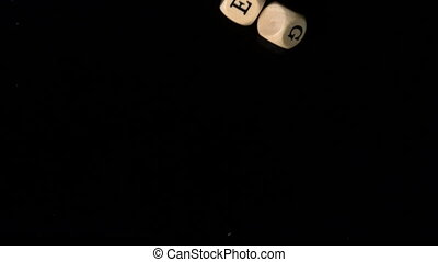 Strategie dice falling together