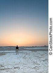 To get dark in the white desert (Egypt)
