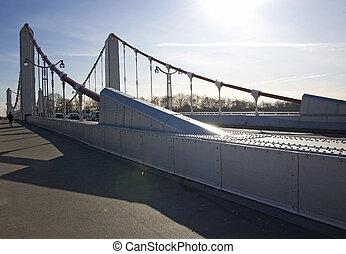 Chelsea Bridge Jog