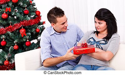 Christmas reconciliation - Boyfriend conciliating his upset...