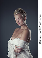 Short haired woman - Woman with short hair posing in...