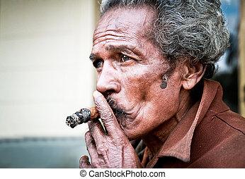 santa, Clara, CUBA-JAN, 10:Unidentified, Cubans, Fumar,...