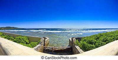 Ocean Panorama - Panoramic view of the Caribbean Sea on...