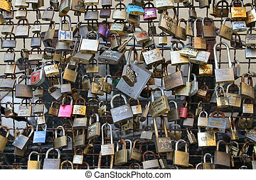 padlocks - tradition padlocks