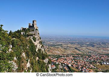 Castle in San Marino - Castle della Guaita in the old town...