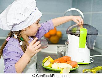 girl  making fresh juice