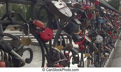 The locks on the lattice bridge