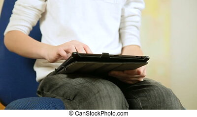 Using A Touch Screen Tablet PC