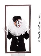 femme, clown, cadre, regarder, fâché