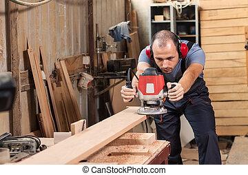 charpentier, Électrique, routeur