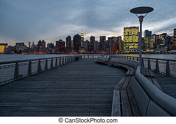 Gantry Plaza State Park - Manhattan and East river view from...
