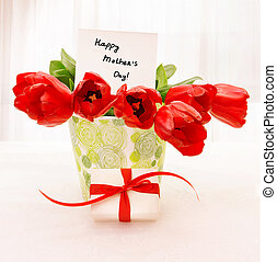 Red tulips with white giftbox - Picture of fresh red tulip...
