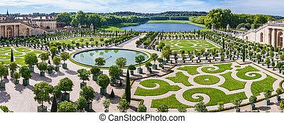 L'Orangerie garden in Versailles. Paris, France -...