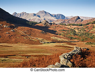 Langdale Pikes and countryside - View of the Langdale Pikes...