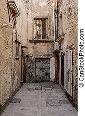 Back alley in Syracuse - Ortigia, Syracuse, Sicily, Italy,...