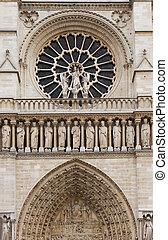 Notre Dame facade detail