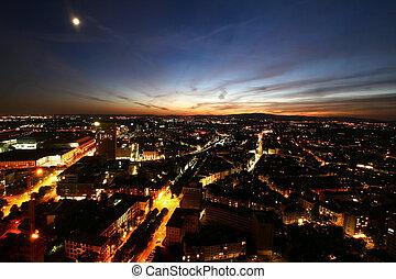 Frankfurt desde arriba, Alemania - Vista de la ciudad desde...