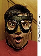 vuelo, gafas de protección, sorprendido, hombre