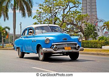 American classic cars in Havana - American classic cars in...