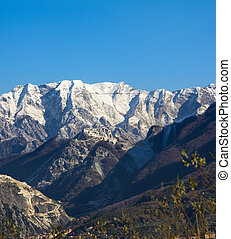 the Apuan Alps - first snow of the Apuan Alps