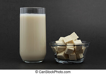 tofu and soy beverage