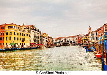 Rialto Bridge (Ponte Di Rialto) in Venice, Italy on a cloudy...