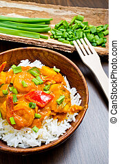 Curry with prawns, vegetables and chives - Curry with...