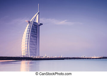 Burj Al Arab hotel on Jumeirah beach in Dubai - DUBAI, UAE -...