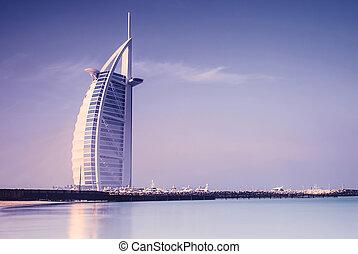 Burj Al Arab hotel on Jumeirah beach in Dubai - DUBAI, UAE -...