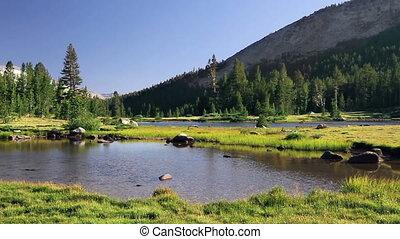 Yosemite National Park 2 - A beautiful lake and mountain...