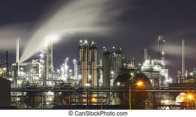 Indutry - Oil and gas factory - Chemical refinery - Oil and...
