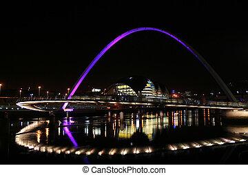 Millenium Bridge2 - Newcastle Millenium Bridge and Sage...
