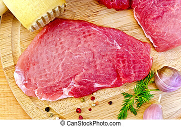 Meat repulsed with mallet - Repulsed a piece of meat,...