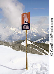Avalanche warning sign on