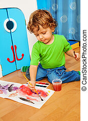 2 years old kid playing - 2 years old kid painting with...