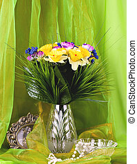 flowers in a glass vase - Beautiful spring flowers in a...