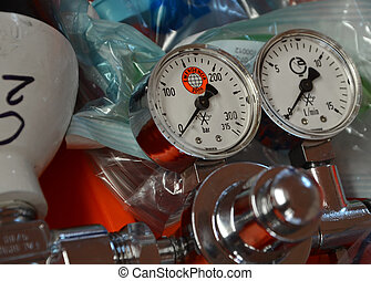 manometer of oxygen tank - Pressure gauge or manometer on...