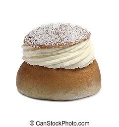 Cream bun (semla)