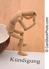 Jobverlust - Verzweifelte Figur sitzt auf einer Tasse nach...