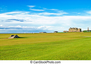 Golf St Andrews old course links Bridge hole 18 Scotland -...