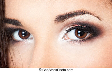 portraite of a beautiful brunette - a close up portraite of...