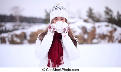 Winter Girl. Tea