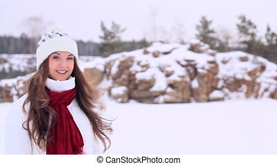 Winter girl Copyspace - Beautiful girl in winter clothes...