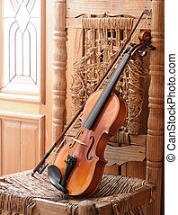 violín, acostado, viejo, arruinado, silla