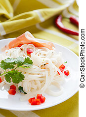 rice noodles with chilli and bacon