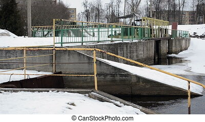people ducks winter dam