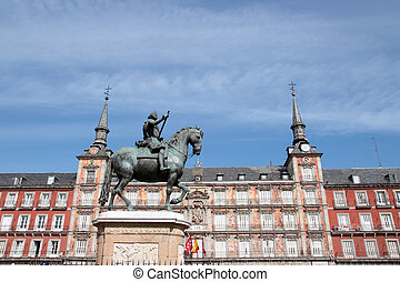 Plaza Mayor in Madrid - Statue of Philipp III at the Plaza...