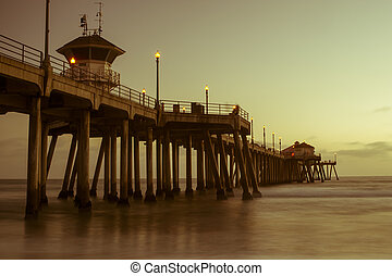 huntington beach pier sunset - huntington beach pier at...